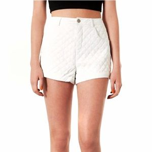 Topshop Quilted White High Rise Shorts Size 4